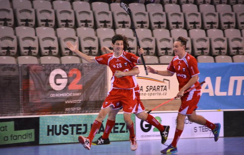 Jakub Kolísko (č. 28) se na finálovém Tatranu vítězství podílel dvěma góly. Foto: www.g2cup.cz.