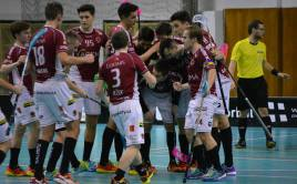 Sparťané oslavují postup do čtvrtfinále poháru poté, co skolili Chodov. Foto: ACEMA Sparta Praha