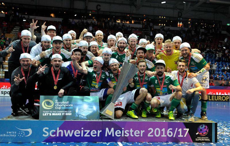 Wiler porazil v superfinále Malans po nájezdech a slaví švýcarský titul! Foto: Facebook SV Wiler Ersigen