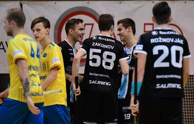 Boleslav Ostravu nešetřila a dál jde za obhajobou poháru. Foto: Florbal Mladá Boleslav