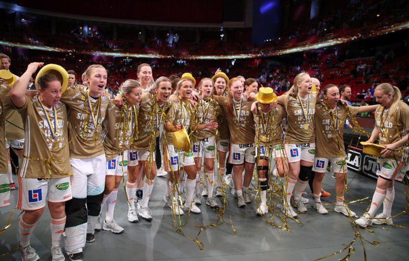 Ženskému florbalu ve Švédsku vládne IKSU. Foto: Per Wiklund