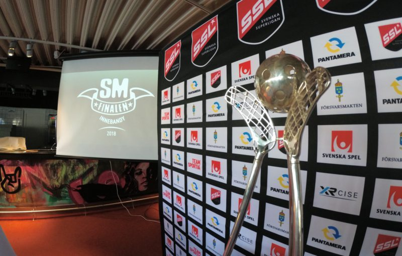 Trofej, o kterou se bude ve švédském superfinále bojovat.