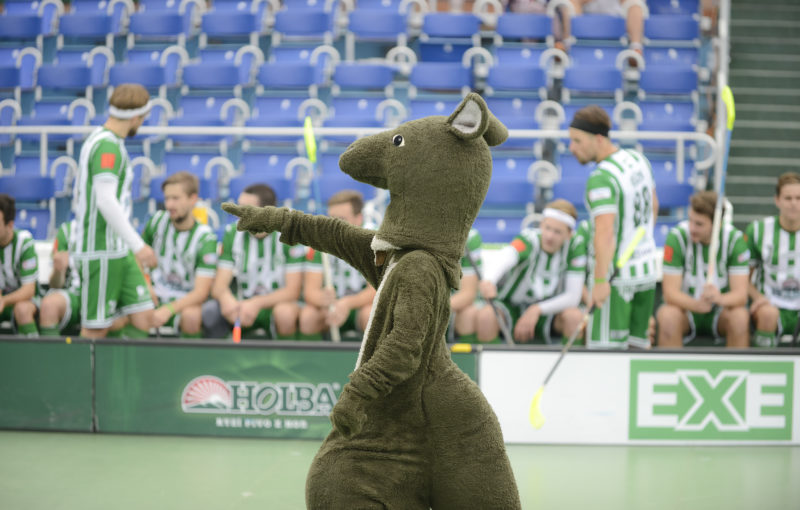 Na Open Air nemohl chybět maskot Bohemians klokan. Foto: Šimon Jiráček/FbŠ Bohemians
