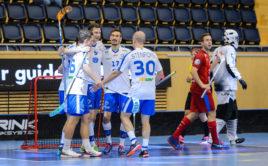 Čtyři finské góly z prostřední třetiny rozhodly. Foto: Martin Flousek, www.ceskyflorbal.cz