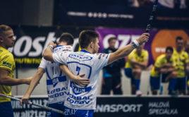 Marek Vávra (21) přispěl k výhře Chodova dvěma body. Foto: FAT PIPE Florbal Chodov, Český florbal