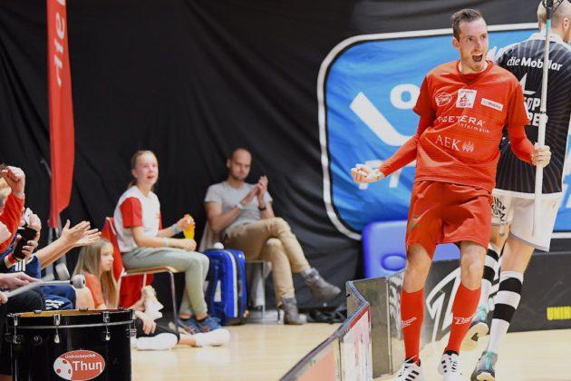 David Šimek slaví jeden ze svých gólů. Foto: UHC Thun