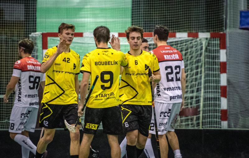 Start98 doma přetlačil Znojmo a zapsal šestou výhru v sezoně. Foto: Start98 Praha-Kunratice, Pulver foton - Otakar Prášek