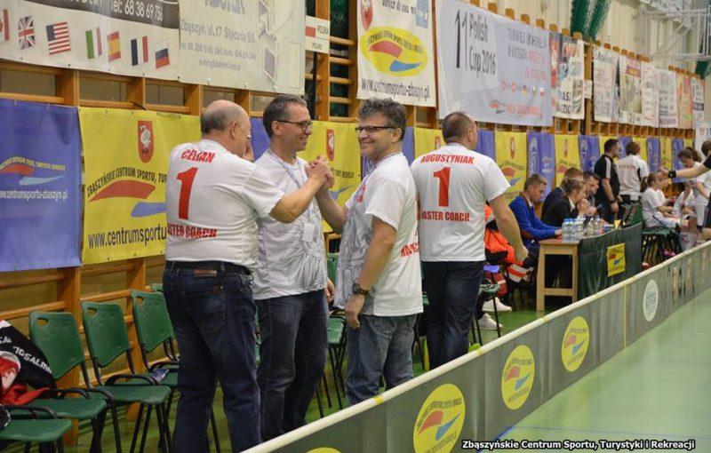 Vladimír Ježek na lavičce polské reprezentace juniorek. Foto: Flickr IFF