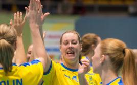 Isabell Kranz se Švédskem slaví vítězství nad Slovenskem. Foto: Fabian Trees, www.imagepower.ch