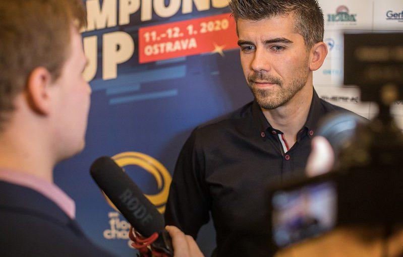 Tomáš Sladký na tiskové konferenci před Champions Cupem 2020. Foto: Český florbal