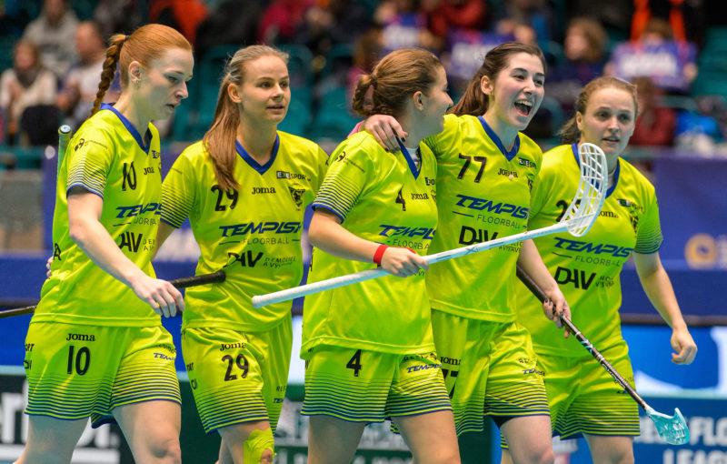 Florbalistky Vítkovic získaly na domácím Champions Cupu 3. místo. Foto: Martin Flousek