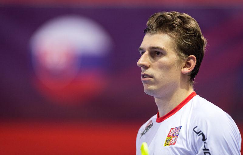 Marek Beneš se svým výkonem nebyl spokojen. Foto: Martin Flousek, Český florbal