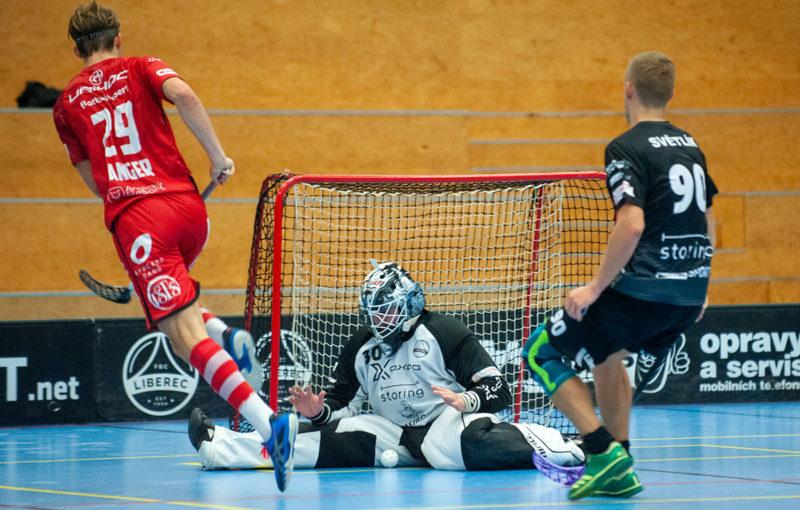 Filip Langer nasbíral proti Liberci pět bodů. Foto: FBC Liberec, Český florbal