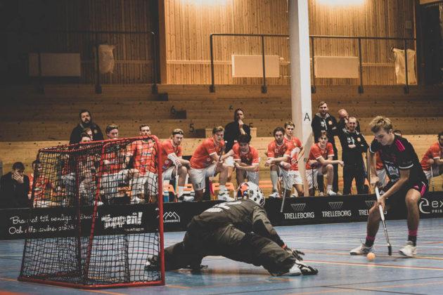 Jan Eckhardt ve švédské SLL. Foto: Höllviken Innebandy