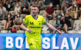 Lukáš Hájek vsítil v superfinále dva góly, na triumf to ale tentokrát nestačilo. Foto: Martin Flousek, Český florbal