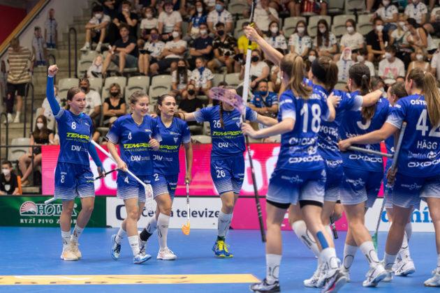Vítkovické hráčky musely v duelu neustále dotahovat. Foto: Martin Flousek, Český florbal