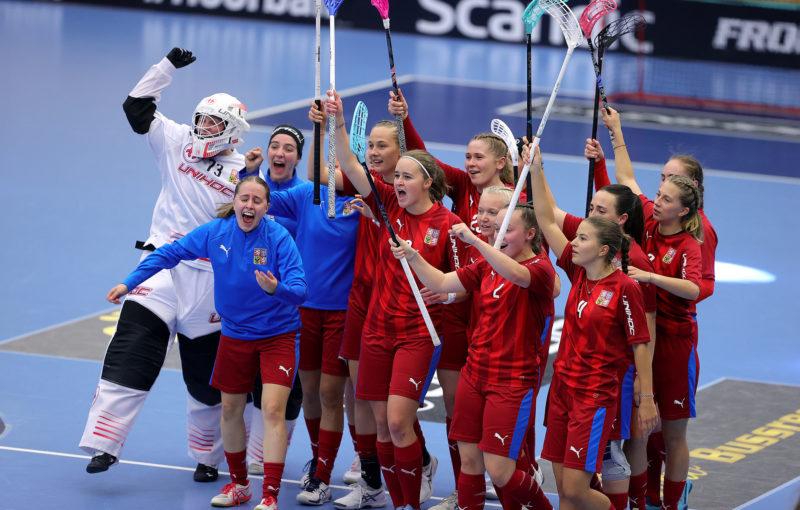 České juniorky slaví vítězství nad Švédskem. Foto: Per Wiklund
